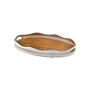 Bandeja-oval-em-prata-com-fundo-de-madeira-St.James-70x46cm
