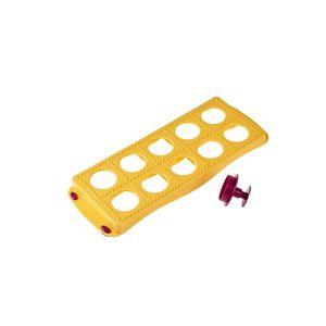 Molde-para-ravioli-com-cortador-Metaltex-amarelo